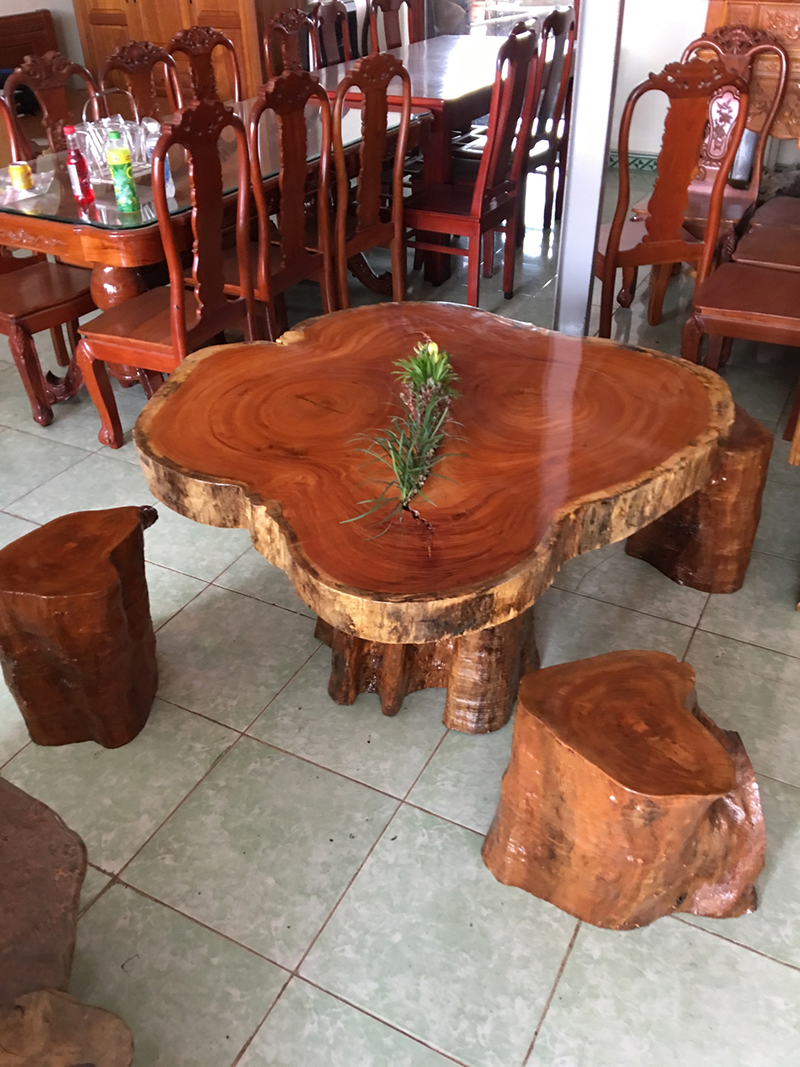 The Red Wood Furniture Beautiful Nature Table Used As Drinking Tea, Coffee 1